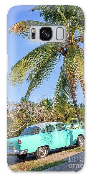 Classic Car In Playa Larga Galaxy Case