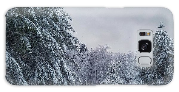 Classic Winter Scene In New England  Galaxy Case
