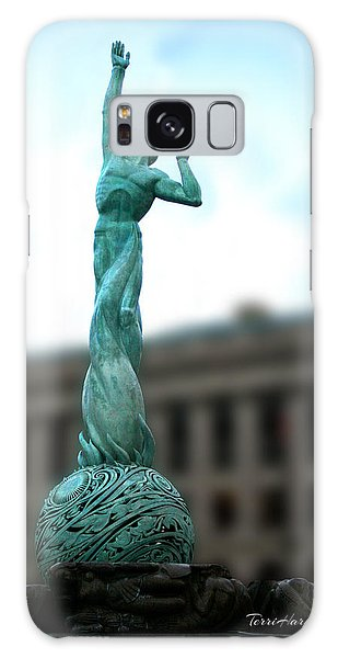 Cleveland War Memorial Fountain Galaxy Case