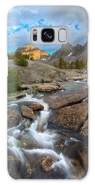 Kings Canyon Galaxy Case - Climbing Cascades by Brian Knott Photography