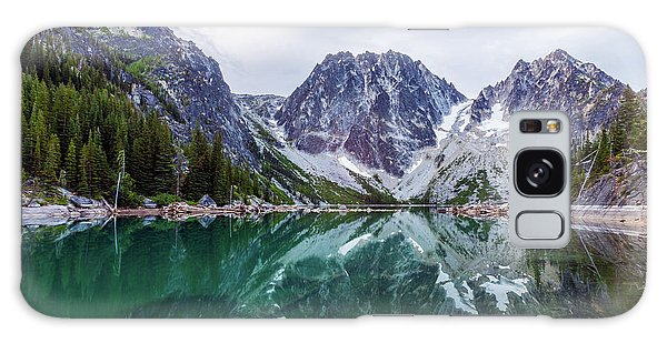 Colchuck Lake Galaxy Case