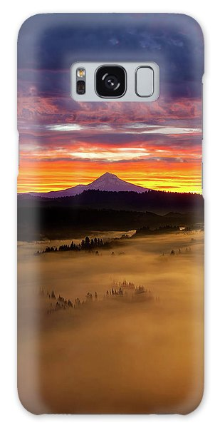 Colorful Foggy Sunrise Over Sandy River Valley Galaxy Case