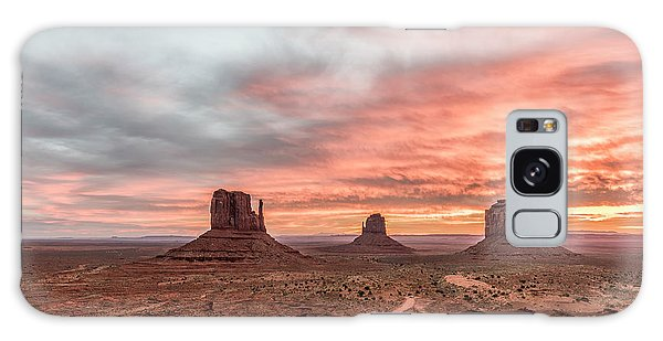 Outdoor Dining Galaxy Case - Colors In Monument by Jon Glaser