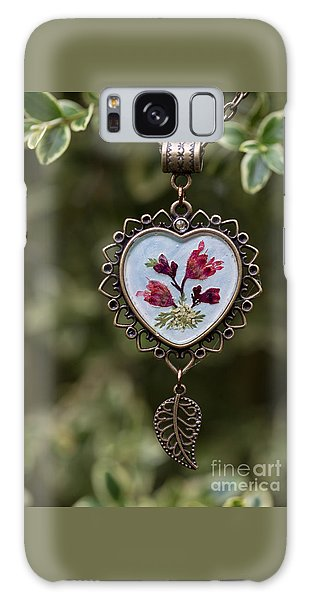 Coral Bell Pressed Flower Pendant Galaxy Case