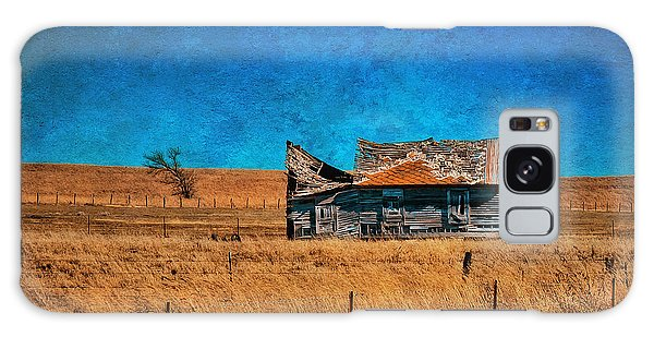 Countryside Abandoned House Galaxy Case