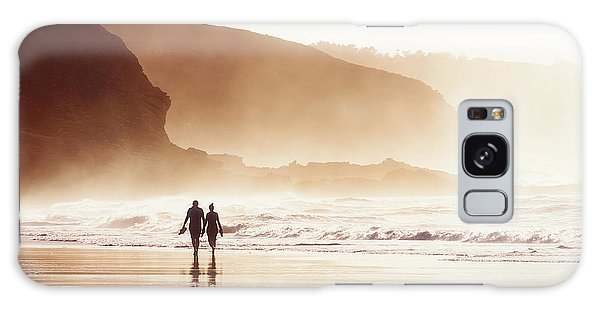 Couple Walking On Beach With Fog Galaxy Case