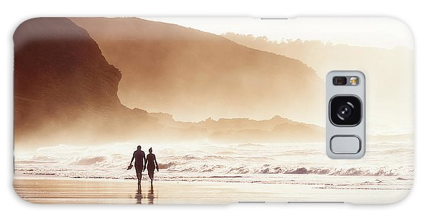 Couple Walking On Beach With Fog Galaxy Case