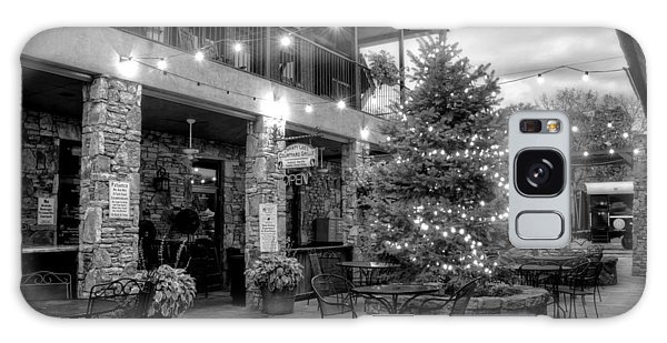Courtyard In Blue Ridge In Black And White Galaxy Case