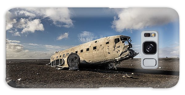 Crashed Dc-3 Galaxy Case