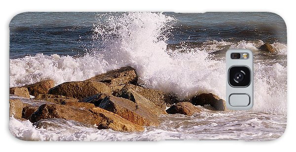 Crashing Surf On Plum Island Galaxy Case by Eunice Miller