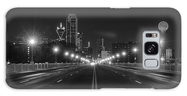 Crossing The Bridge To Downtown Dallas At Night In Black And White Galaxy Case