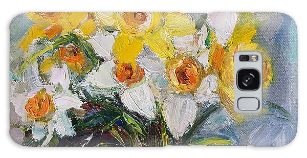 Daffodil In Spring  Galaxy Case by Jennifer Beaudet