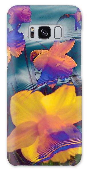 Daffodils #1 Galaxy Case