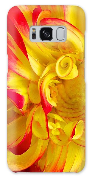 Dahlia Curls Galaxy Case