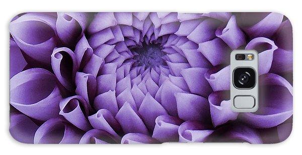 Dahlia Macro In Lavender Galaxy Case