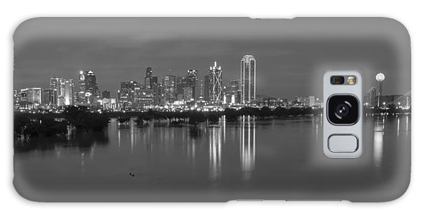 Dallas Skyline Trinity Black And White Galaxy Case