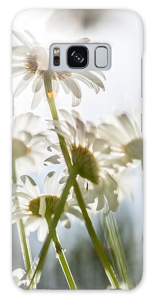 Dancing With Daisies Galaxy Case