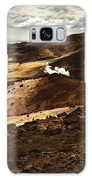 Landscapes Galaxy Case - Dark And Steaming Iceland by Matthias Hauser