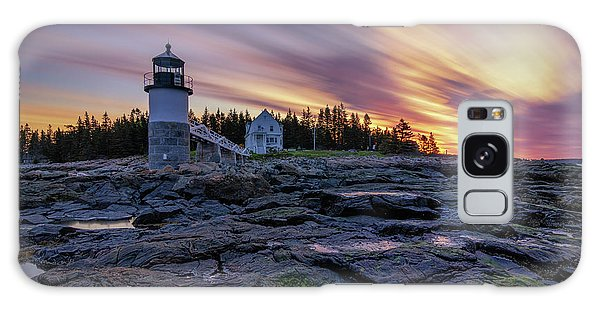 Dawn Breaking At Marshall Point Lighthouse Galaxy Case
