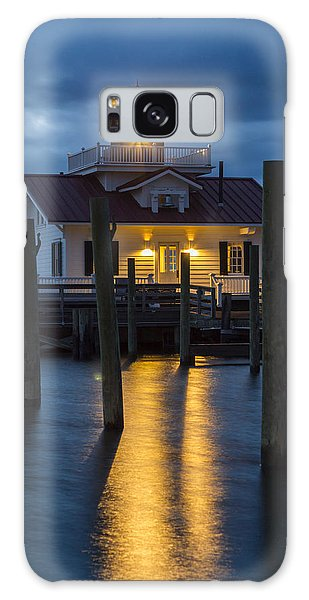 Dawn At Roanoke Marshes Lighthouse Galaxy Case