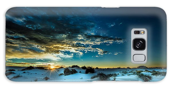 Daybreak At White Sands Galaxy Case