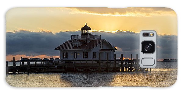 Daybreak Over Roanoke Marshes Lighthouse Galaxy Case