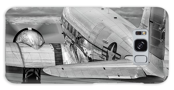 Dc3 Taxiing For Departure Galaxy Case