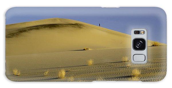 Death Valley Sand Dune At Sunset Galaxy Case