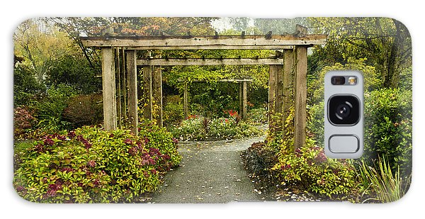 Fall In The Garden At Deer Lake Galaxy Case