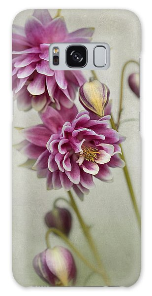 Delicate Pink Columbine Galaxy Case