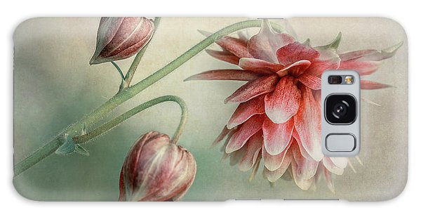 Delicate Red Columbine Galaxy Case