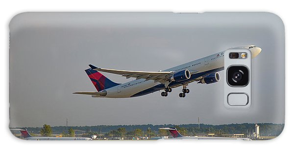 Delta Airlines Jet N827nw Airbus A330-300 Atlanta Airplane Art Galaxy Case