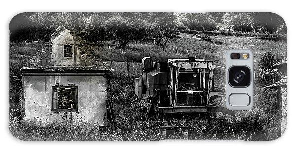 Derelict Farm, Transylvania Galaxy Case