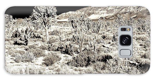 Desert Landing At Mojave National Preserve Galaxy Case
