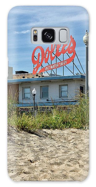 Dolles From The Beach - Rehoboth Beach Delaware Galaxy Case by Brendan Reals