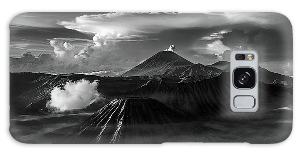 Dramatic View Of Mount Bromo Galaxy Case