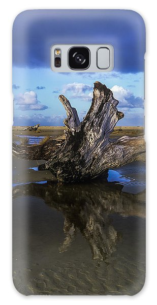 Driftwood And Reflection Galaxy Case