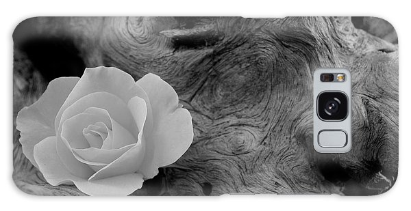 Driftwood And Roses Galaxy Case