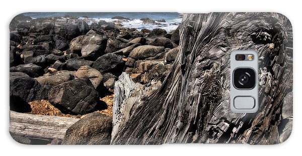 Driftwood Rocks Water Galaxy Case