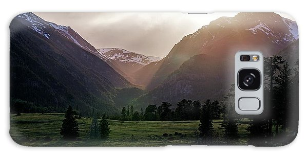 Early Evening Light In The Valley Galaxy Case