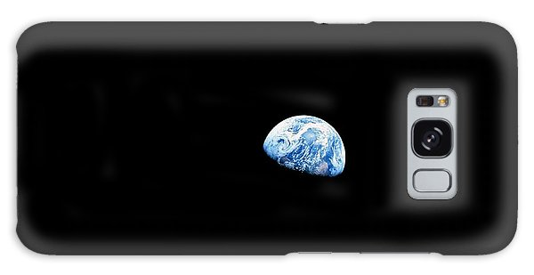 Environments Galaxy Case - Earthrise Over Moon, Apollo 8 by Nasa