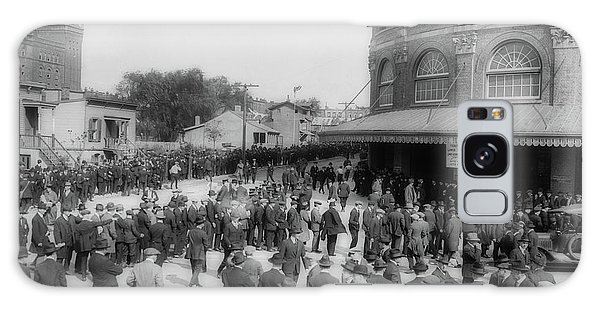 Brooklyn Dodgers Galaxy Case - Ebbets Field Crowd 1920 by Library Of Congress