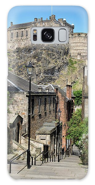 Galaxy Case featuring the photograph Edinburgh Castle From The Vennel by Jeremy Lavender Photography