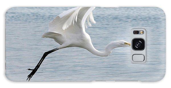 Egret Taking Off 2 Galaxy Case
