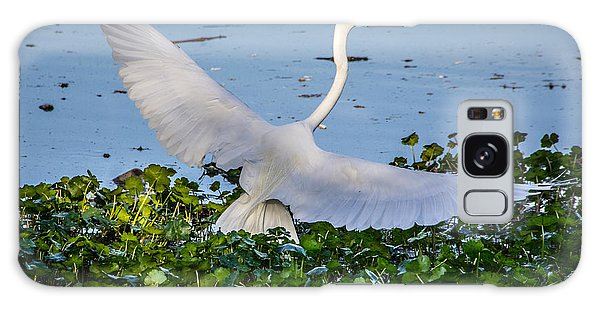 Egret With Wings Spread Galaxy Case
