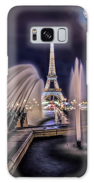 Eiffel And The Fountain Galaxy Case