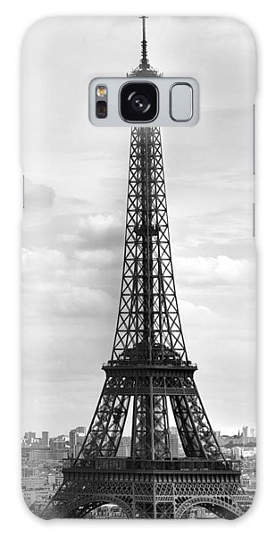 Eiffel Tower Black And White Galaxy Case by Melanie Viola