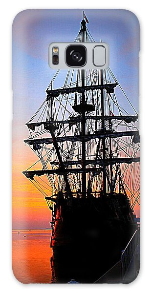 El Galeon At Sunrise Galaxy Case