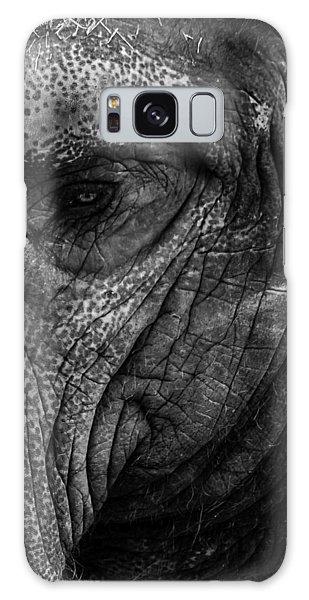 Elephants Eye Galaxy Case