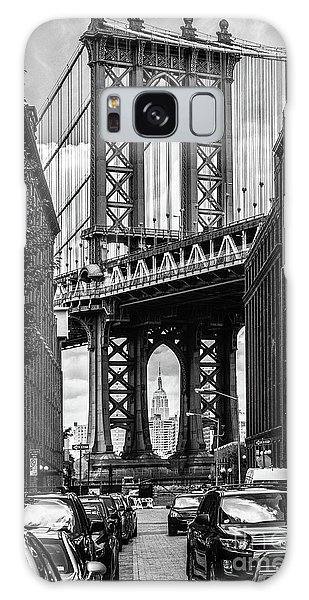 Empire State Building Framed By Manhattan Bridge Galaxy Case